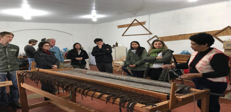 Proyecto de UTEC mejorará la productividad de artesanas del Valle del Lunarejo