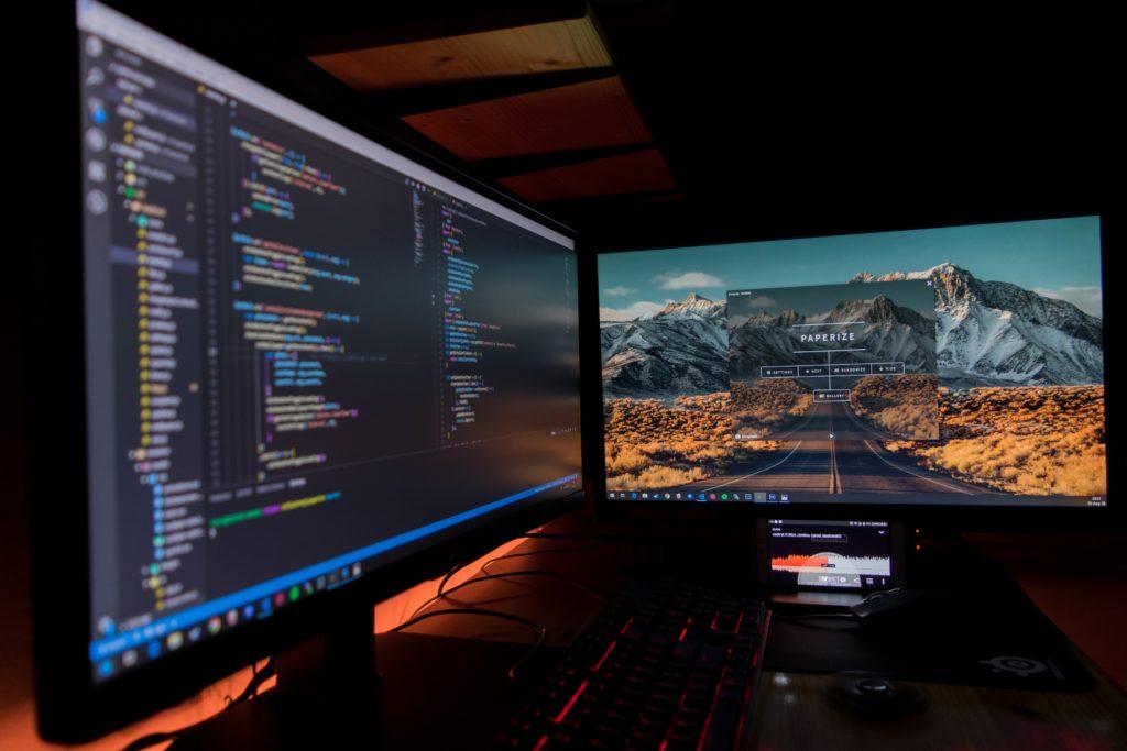 Equipo de trabajo conformado por IDR y UTEC entablan contacto con empresarios del sector de desarrollo de software