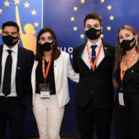 Nueve estudiantes de UTEC fueron elegidos entre los 50 mejores proyectos en el programa Euromodelo Joven edición Uruguay sobre mitigación del cambio climático